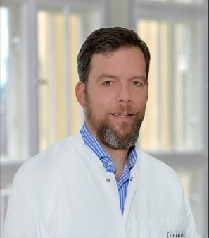 Dr. Claas Ulrich