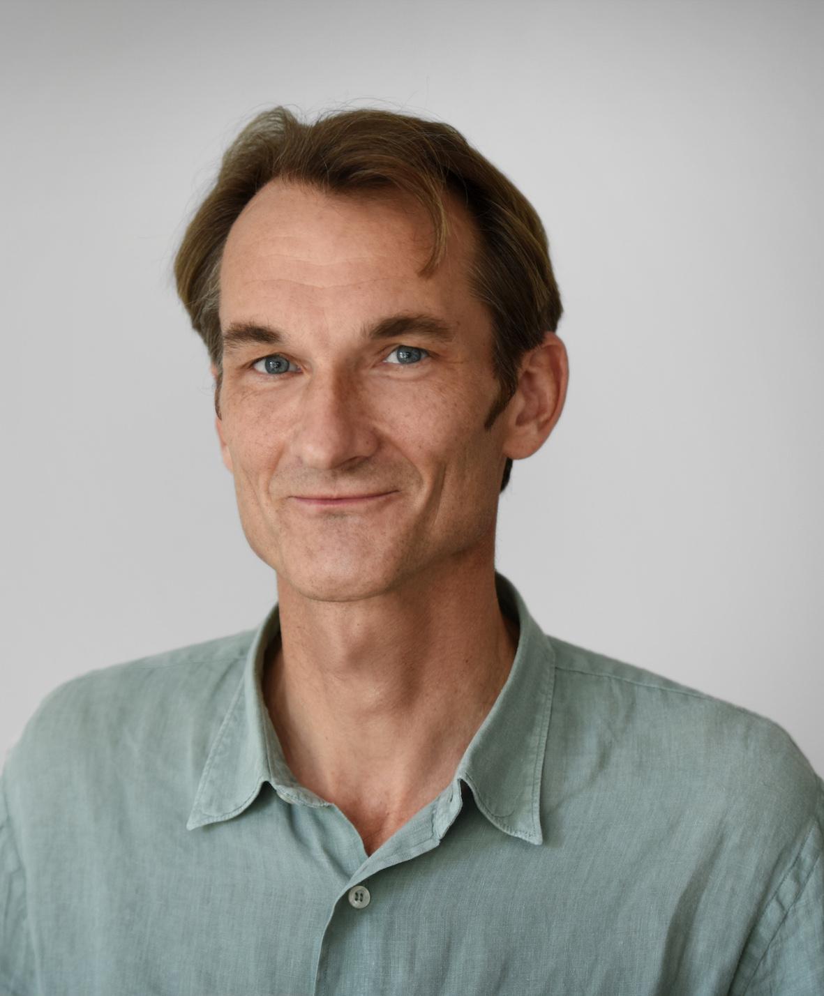 Dr. Karl Grunow