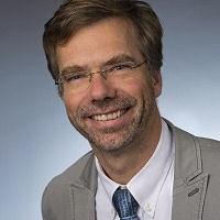 Dr. Uwe Schwichtenberg